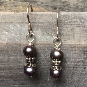 Jewelry - 🎉SALE🎉Sterling Silver & Pearl Earrings